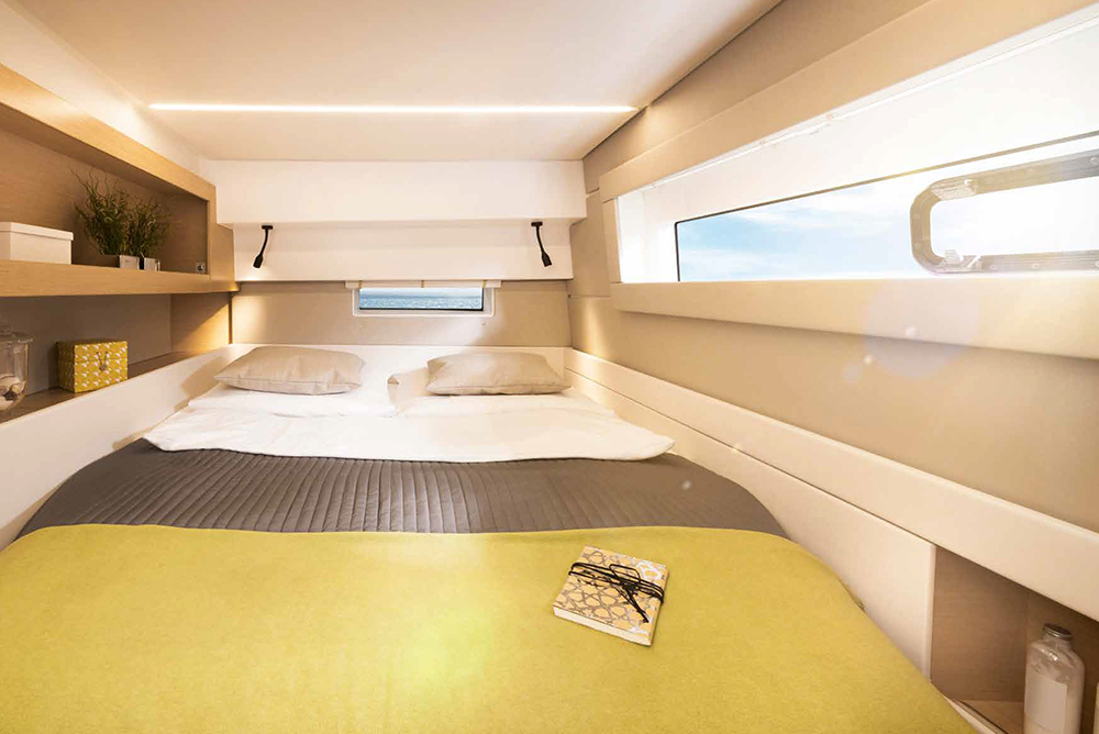 Yacht double bedroom