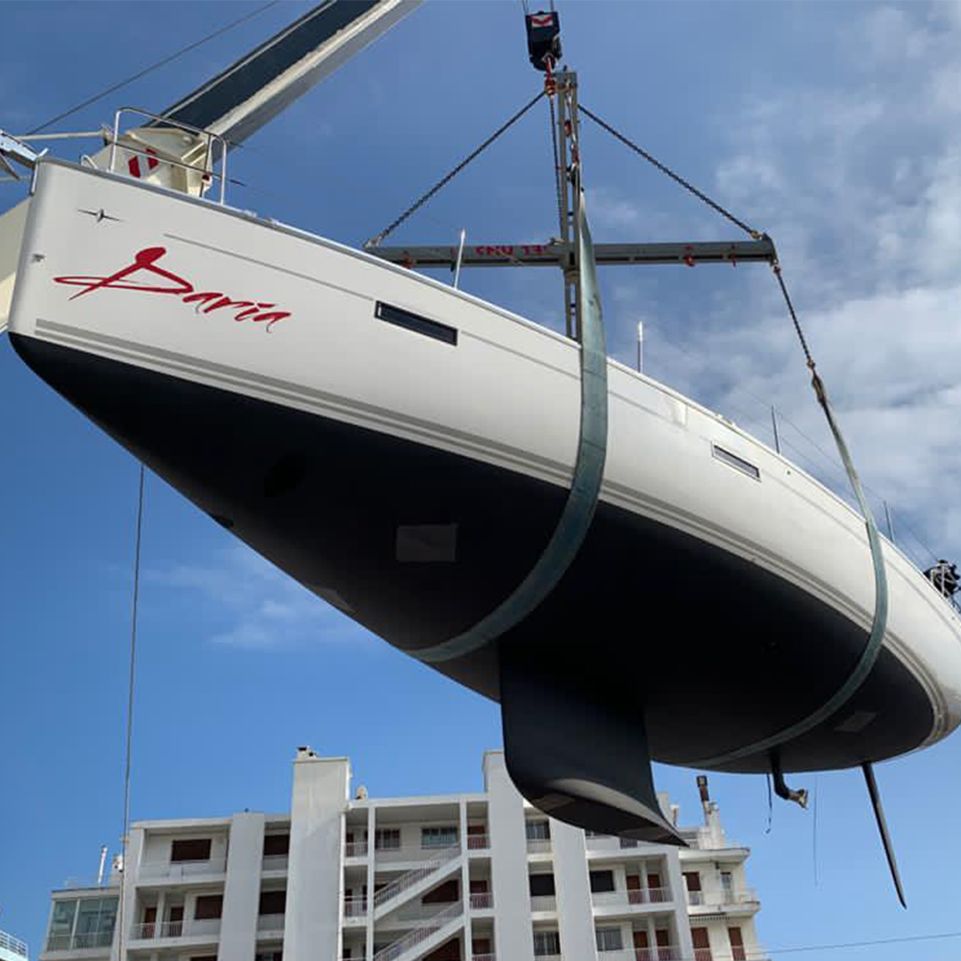 sailing boat rental south of france
